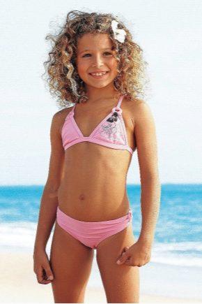 Дитячі джинси для дівчаток: для басейну і пляжу