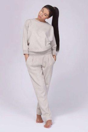 Спортивний кашеміровий жіночий костюм