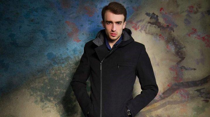 Чоловіче пальто з капюшоном