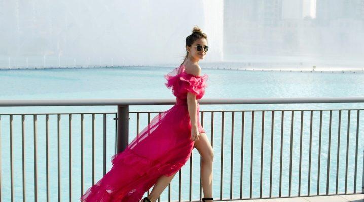 Які туфлі підійдуть до рожевого плаття?