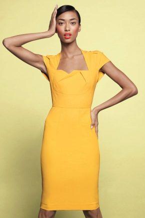 Літнє плаття-футляр