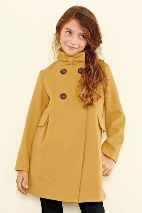 Пальто для дівчинки від відомих брендів