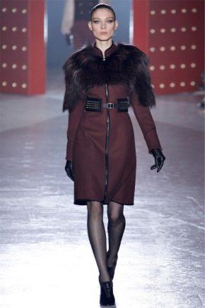 Кашемірове пальто з хутряним коміром