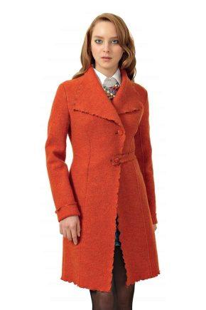 Пальто жіноче з вареної вовни