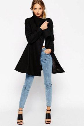 Розкльошені пальто – з легким відтінком кокетства