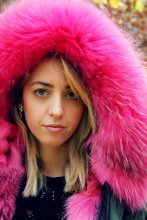 Жіноча парку з рожевим хутром – модний тренд сезону