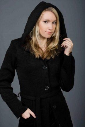 Зимове жіноче півпальто з капюшоном