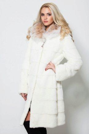 Біла шуба – знову в моді!