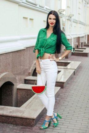 З чим носити зелені босоніжки?