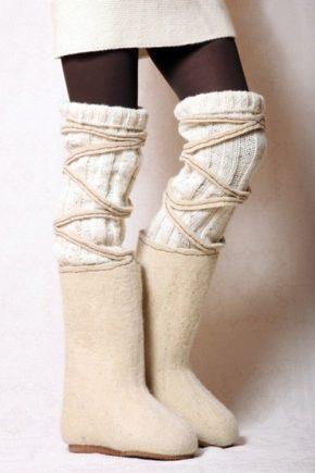 Повстяні черевики