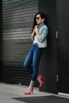 З чим носити рожеві туфлі?