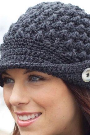 Модні шапки для жінок