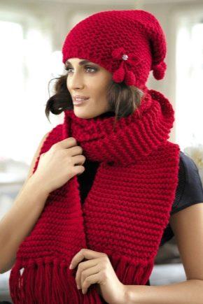 Жіночий комплект: шапка і шарф