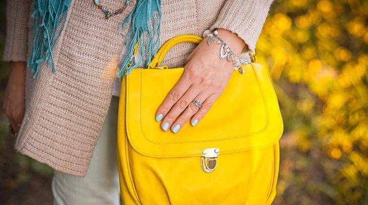З чим носити жовту сумку?