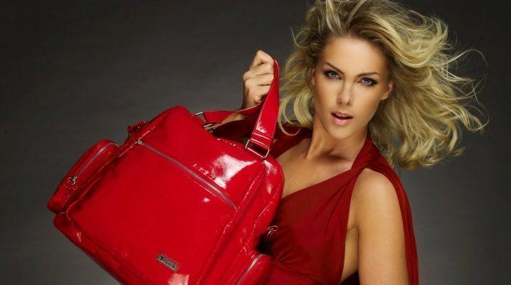 Лакові сумки: як вибрати і з чим носити?