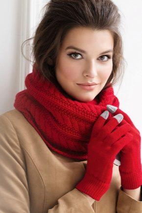 Стильний жіночий шарф-снуд