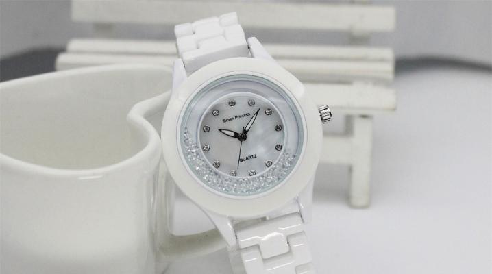 Наручний керамічні годинник