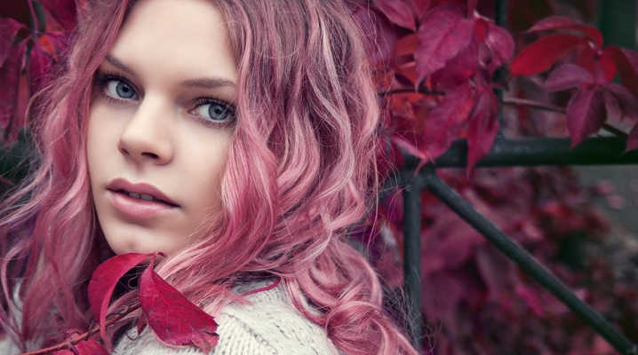 Рожевий тонік для волосся