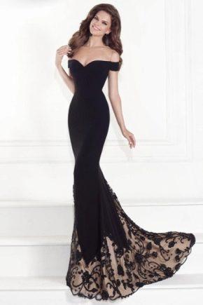 Розкішні сукні зі шлейфом