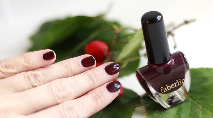 Лаки для нігтів Faberlic
