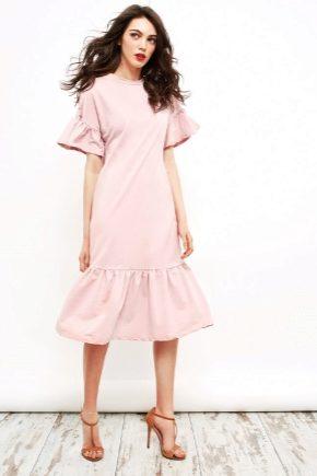 Модне плаття з воланом внизу 2018