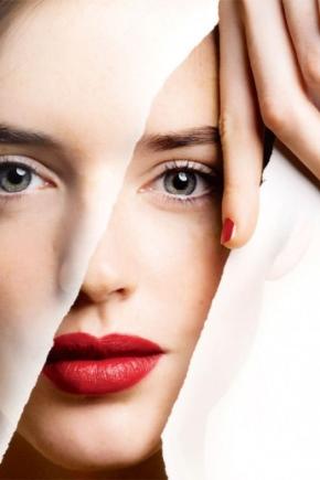 Тональний крем для вікової шкіри