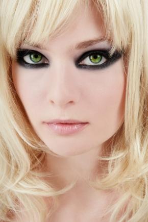 Вечірній макіяж для зелених очей
