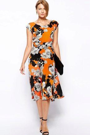 Літні сукні для жінок після 40 років