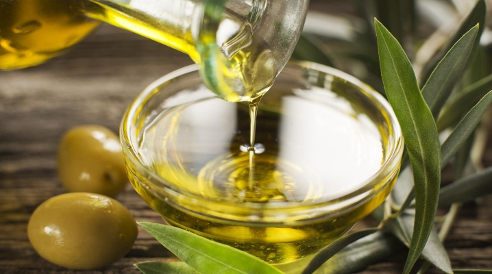 Оливкова олія для догляду за обличчям