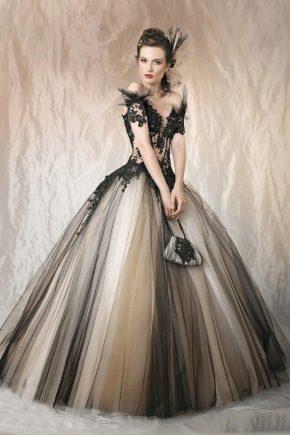 Пишні сукні на випускний