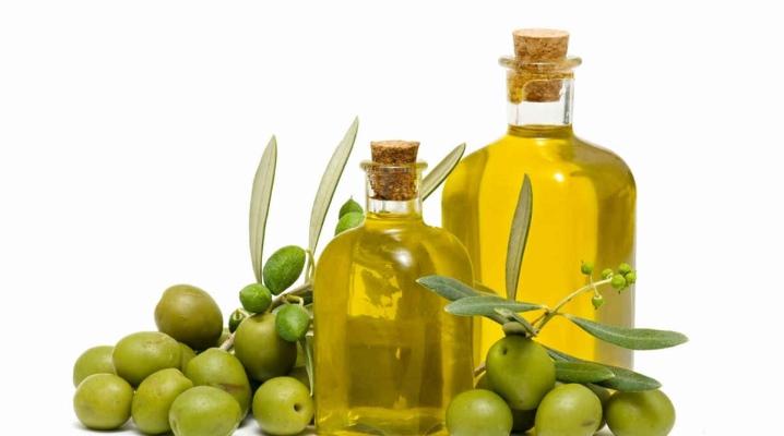 Оливкова олія від розтяжок