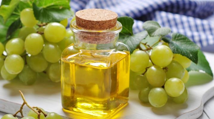 Масло для волосся з виноградних кісточок