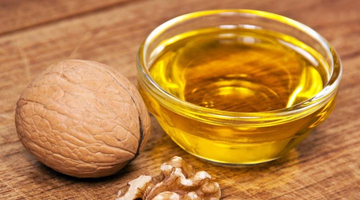 Масло волоського горіха для волосся
