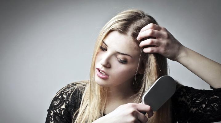 Гребінець для нарощених волосся