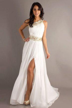 З чим носити біле довге плаття?