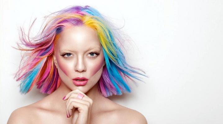 Спрей-фарба для волосся