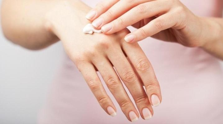 Крем для рук і нігтів