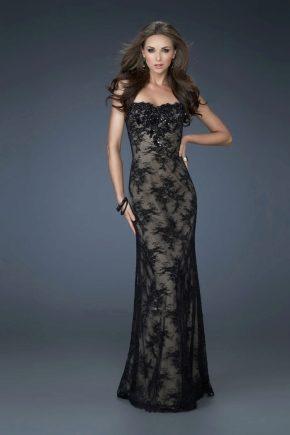 Вечірні мереживні сукні – верх ніжності і вишуканості