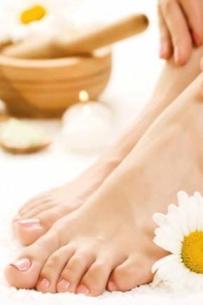 Зволожуючий крем для ніг