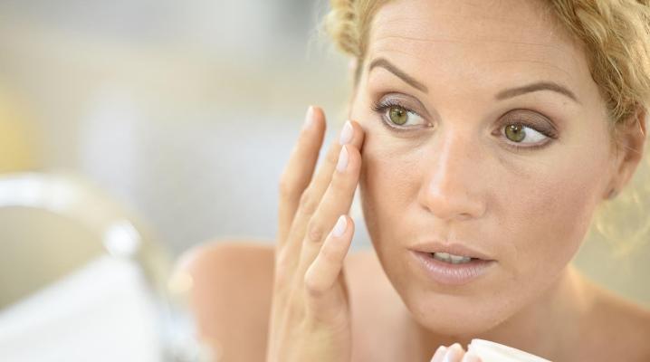Кращий крем від мішків під очима