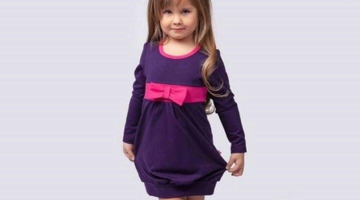 Трикотажне плаття для дівчинки – красиво і зручно