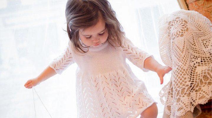 В'язане плаття для дівчинки