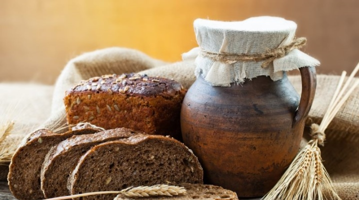 Маска для волосся з хліба