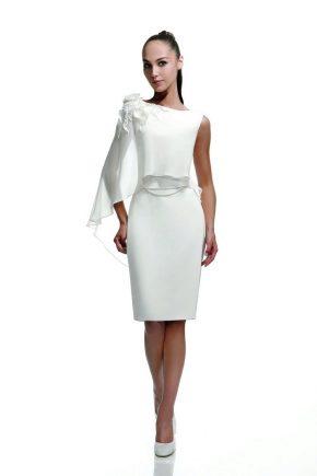 Весільна сукня-футляр