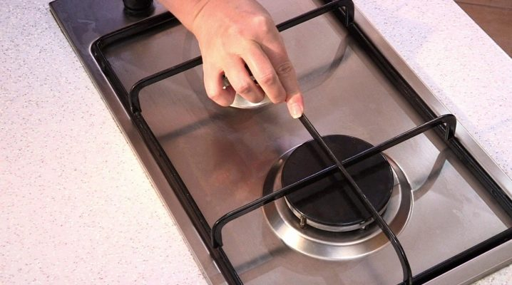 Як відмити ґрати газової плити?