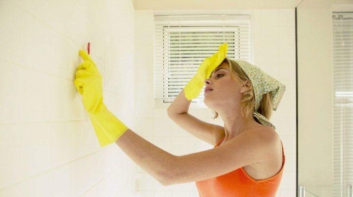 Як відмити цвіль у ванній?