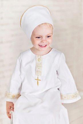 Яка повинна бути хрестильна сорочка для дівчинки?