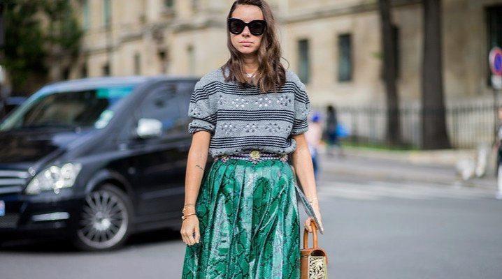 Жіноча сорочка в смужку: з чим носити?