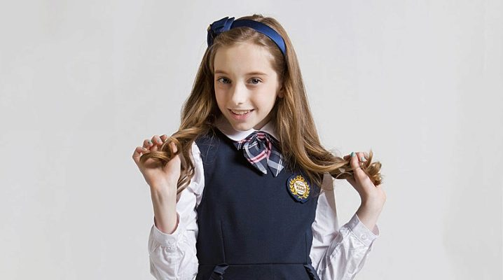 Шкільні сині сарафани для дівчаток