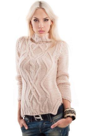 Модні і красиві светри 2018
